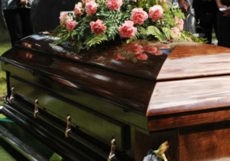 Faleceu ontem a pessoa que atrapalhava suavida…